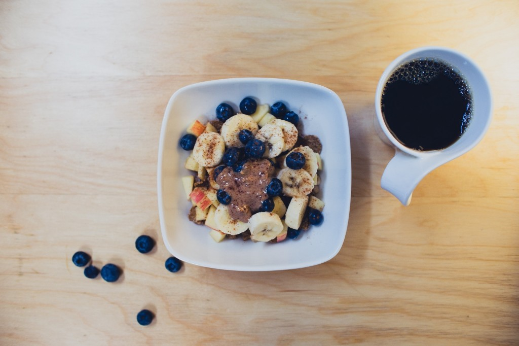 smoothie-bowl-with-coffee