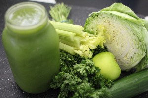 green-smoothie-and-produce